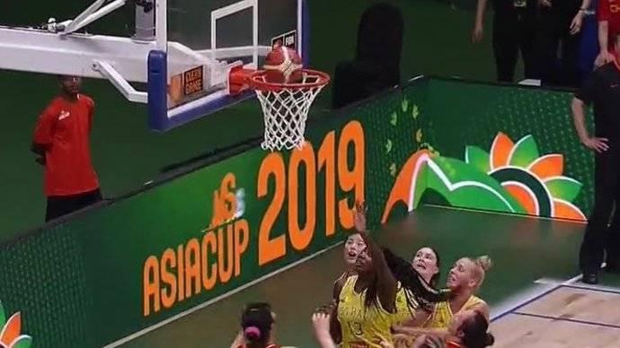 邵婷准绝杀,中国女篮70-69战胜澳大利亚女篮