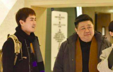 齐鲁壹点采访杨玏:梁冠华叔叔说地道山东话,演员能倒口是本事
