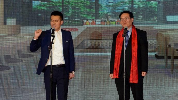 奎华播报:相声《识食物者为俊杰》演出单位:山东玖久同心集团