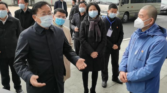 前线直击|湖北省委常委、武汉市委书记王忠林到方舱医院看望山东医疗队