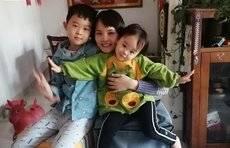 前线直击 孩子给上前线的妈妈朗诵,黄艳敏:感觉孩子突然长大了