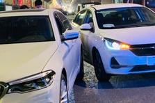 情报站|济南北园大街附近发生两车刮擦事故,路过请注意避让