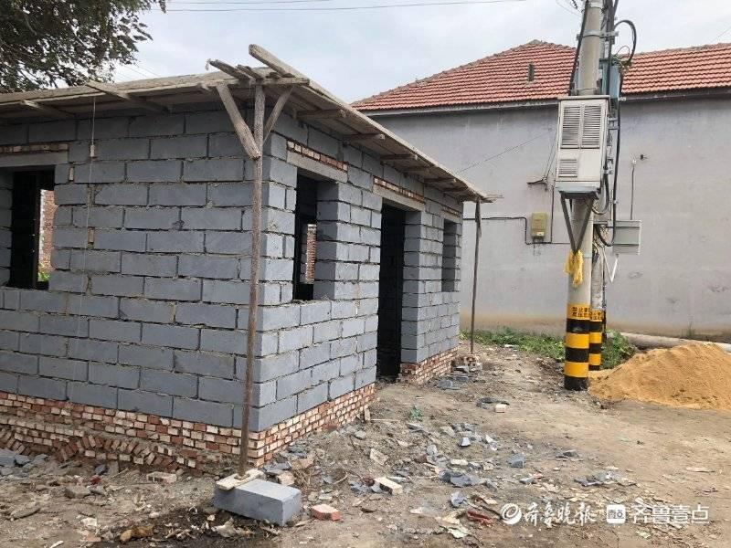 找记者上壹点|村里要建公共厕所?未公示村民质疑面子工程