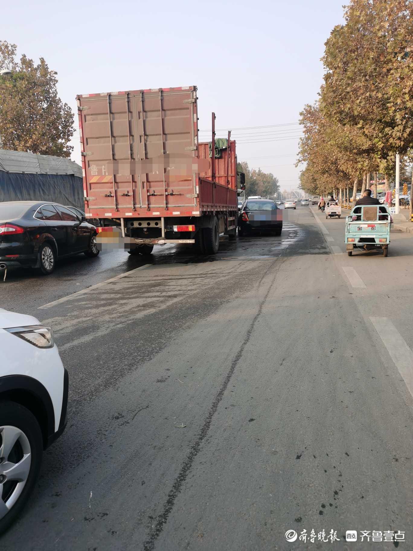 情报站|济宁邹城岚济路大货车与私家车相撞,幸无人员受伤