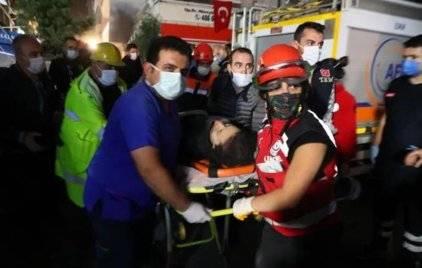 """""""感觉像遭遇了轰炸""""!爱琴海地震已致至少22死"""
