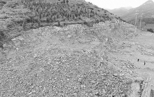 济南:拿拆别墅当幌子狂采4万吨山石,名犯罪嫌疑人全部落网