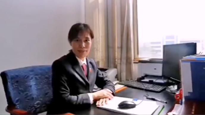 果然龙8|疫情防控期间女检察官在做什么?一手抓防疫一手抓办案