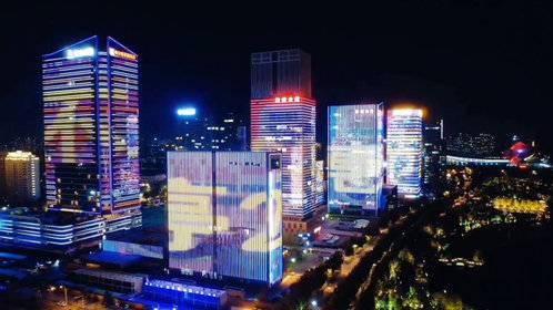 点亮地标 | 记者带你看璀璨星河的淄博CBD水系公园灯光秀