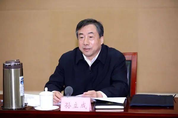 济南新书记孙立成的24小时:他最关心的是啥?